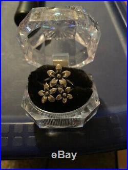 James Avery Retired Flower Ring Sz 8 3/4