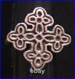 James Avery Retired Treflee Cross Floral Ring Sterling Silver Rare Size 8.25