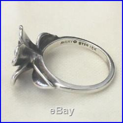 Retired James Avery 18k Gold and Sterling Silver 925 April Flower Ring Size 8.5