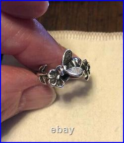 Retired Rare James Avery Bee on Flower Pinky Ring Sz 4 Sterling Silver VGC